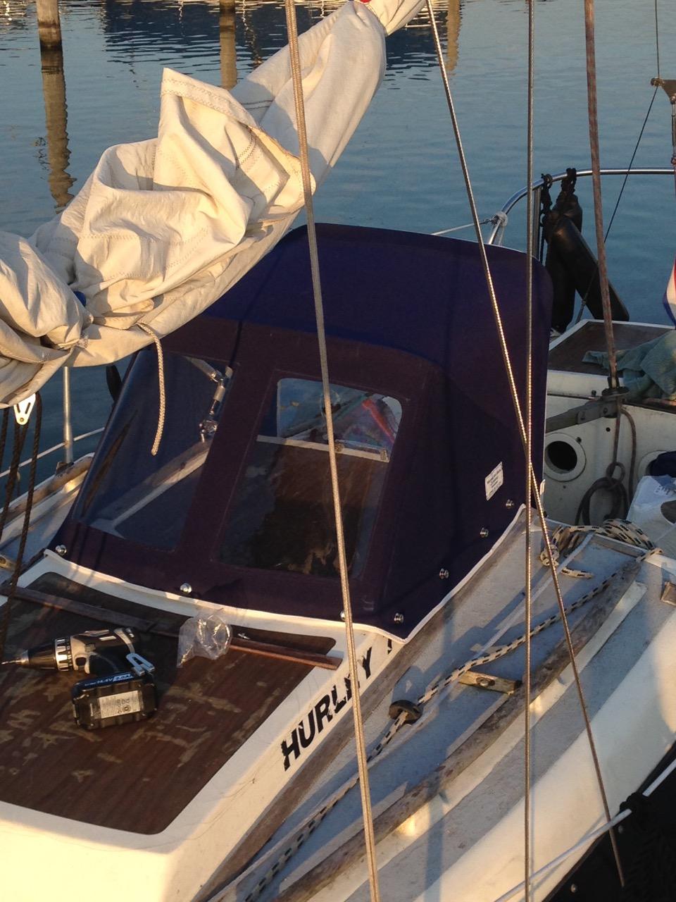 Zeilmakerij Muiderberg - Nieuwe kap voor zeilboot Guppy